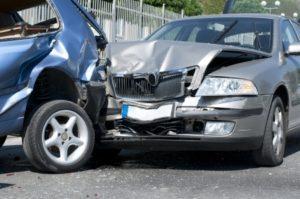 Dopravní nehoda se škodou nad 100 tis. Kč