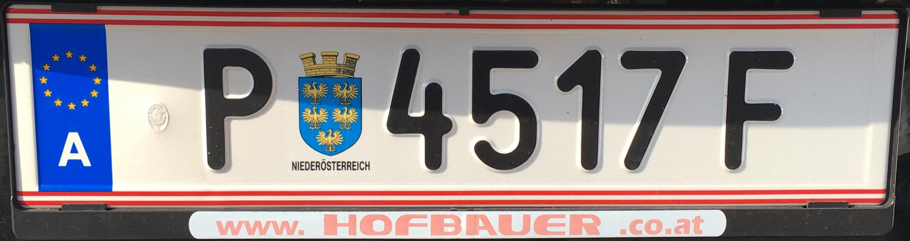 Registrační značka Rakousko - P - Sankt Pölten-město, foto: Po dálnici.cz