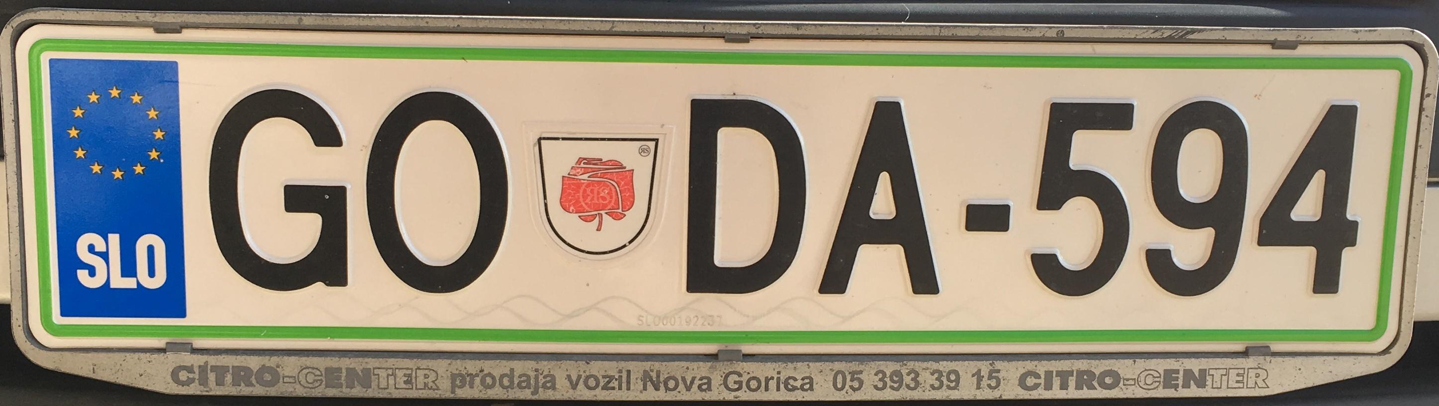 Registrační značka Slovinsko - GO - Nova Gorica, foto: www.podalnici.cz